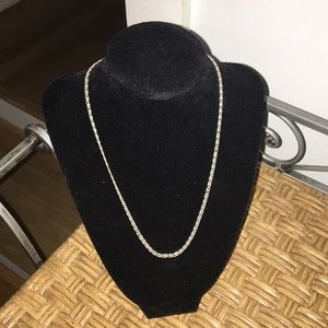 Jewelry - Silver chain lobster claw clasp